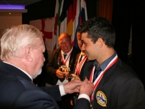 anthony-giacomini-receiving-his-gold-pin